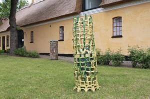 2012 Greve museum, skulptur udstilling i haven gul og grøn stentøj